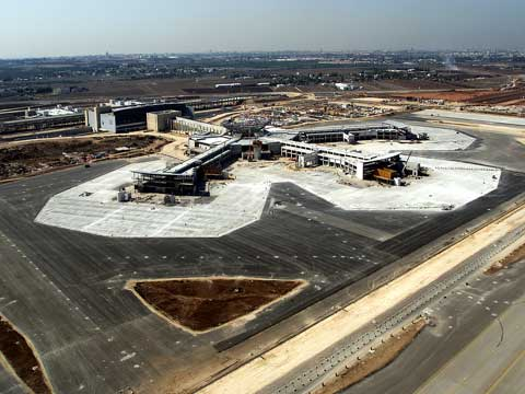 Ben-Gurion Airport 2000