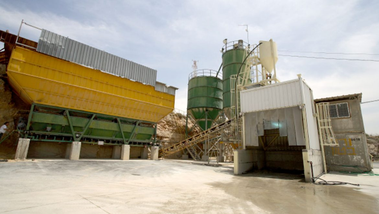מפעל בטון זנוח – בית שמש